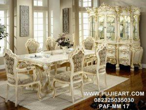 Meja Makan Mewah Dan Elegan