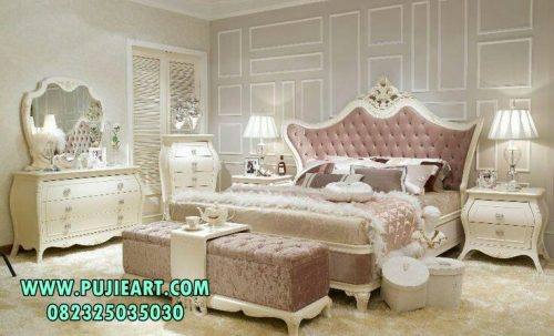 Set Tempat Tidur Dewasa Klasik Minimalis