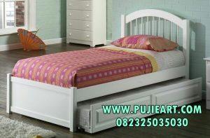Tempat Tidur Kos Model Sorong