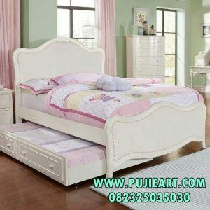 Tempat Tidur Sorong Modern