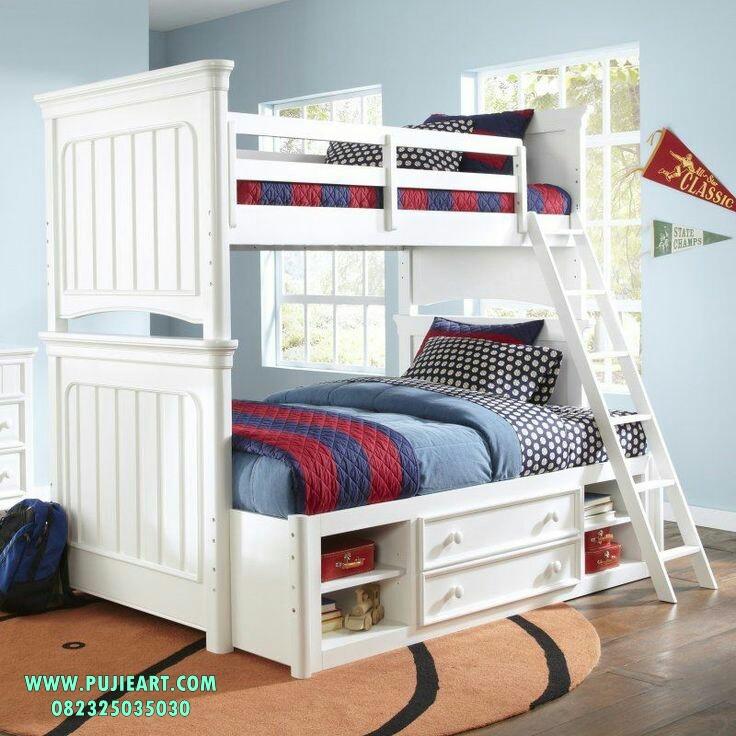 Tempat Tidur Tingkat Anak Laki-Laki