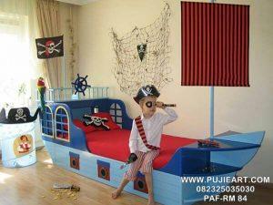 Tempat Tidur Karakter Anak Laki Laki