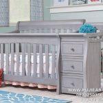 Tempat Tidur Bayi Berlaci