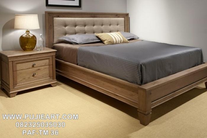 Tempat Tidur Modern Klasik Kayu Jati PAF-TM 36, Ranjang Tidur Modern Klasik Kayu Jati PAF-TM 36