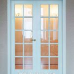 Pintu Minimalis Modern Warna Putih Dengan Kaca