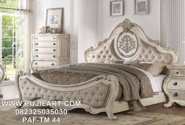 Tempat Tidur Minimalis Elegan
